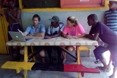 Belinda-Morrow�-drivers-and-fisherfolks-at-informal-training-session-with-Andrew-Ross-